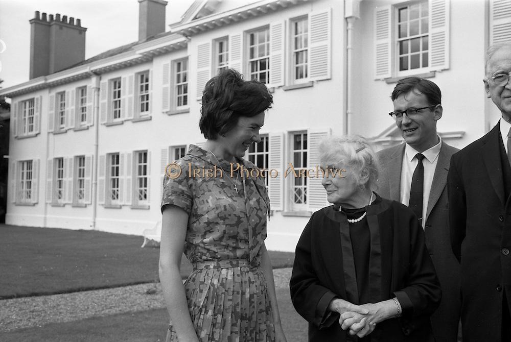 22/08/1963<br /> 08/22/1963<br /> 22 August 1963<br /> Mr Frank Aiken and family with President de Valera at Áras an Uachtaráin. Image shows  Aedamar Aiken; Sile de Valera; Frank Aiken Jr. and President Eamon de Valera;