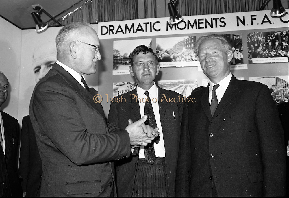 02/08/1967<br /> 08/02/1967<br /> 02 August 1967<br /> New president takes office at National Farmers Association meeting at Adelaide Hall, Dublin. Picture shows (l-r) Mr. Richard Deasy, outgoing President; Mr. Pat Byrne, President Ulster Farmers Union and Mr. Thoma P. Maher, new President NFA.