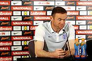 041016 England Presser & Training