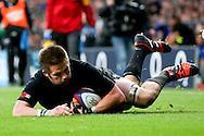 New Zealand's Richie McCaw scores his team's 2nd try - QBE Autumn Internationals - England vs New Zealand - Twickenham Stadium - London - 08/11/2014 - Pic Charlie Forgham-Bailey/Sportimage