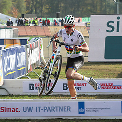 07-11-2020: Wielrennen: EK Veldrijden: Rosmalen<br /> Ryan Kamp U23 world champion takes the European cyclocross title in Rosmalen