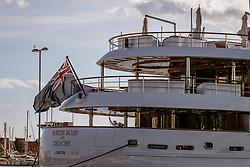 THEMENBILD - die White Rose of Drachs - Yacht (Länge: 65m - Gäste: 12 in 6 Kabinen - Besatzung: 18 in 9 Kabinen - IMO 1008140 - Yacht Wert: US Dollar 80 Millionen - Besitzer: Michael Evans - Evans Net) im Hafen, aufgenommen am 27. Juni 2018 in Pula, Kroatien // The White Rose of Drachs - Yacht Length: 65m (213ft) - Guests: 12 in 6 cabins - Crew: 18 in 9 cabins - IMO 1008140 - Yacht Value: US Dollar 80 million - Owner: Michael Evans - Evans Net at the Habor of Pula, Croatia on 2018/06/27. EXPA Pictures © 2018, PhotoCredit: EXPA/ JFK
