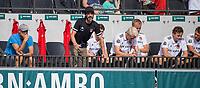 AMSTELVEEN -  Coach Alexander Cox (Amsterdam) met links Assistent-Coach Taco van den Honert (Amsterdam)  tijdens de hockey hoofdklasse competitiewedstrijd  heren, Amsterdam-HC Tilburg (3-0).  COPYRIGHT KOEN SUYK