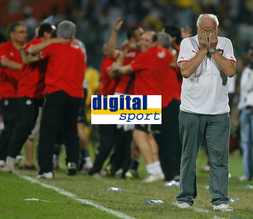Photo: Steve Bond/Richard Lane Photography.<br />Cameroon v Egypt. The Final. Africa Cup of Nations. 10/02/2008. Otto Pfister (R) can't look as Egypts score