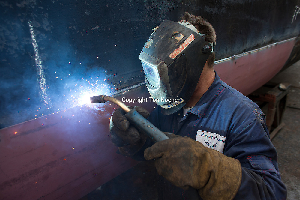 welding on a ship in Holland