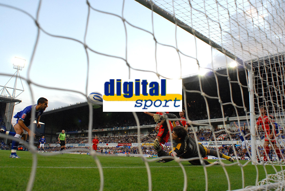 Photo: Ashley Pickering.<br /> Ipswich Town v Coventry City. Coca Cola Championship. 22/09/2007.<br /> Pablo Counago (L) heads past Coventry goalie Dimi Konstantopoulos to score Ipswich's 4th goal and his second