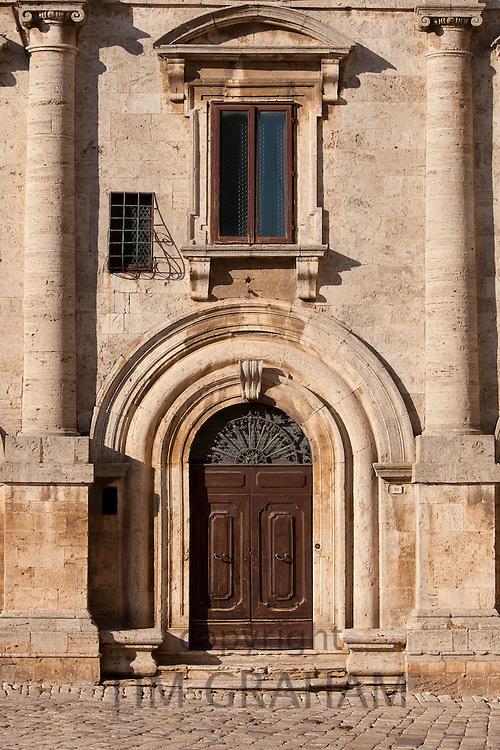 Palazzo de Nobili Tarugi, Palace of the Tarugi Nobles, in Piazza Grande in Montepulciano, Val D'Orcia, Tuscany, Italy