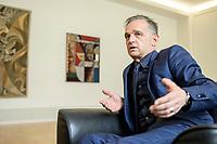 24 JUL 2020, BERLIN/GERMANY:<br /> Heiko Maas, SPD, Bundesaussenminister, waehrend einem Interview, in seinem Buero, Auswaertiges Amt<br /> IMAGE: 20200724-01-038<br /> KEYWORDS: Buero