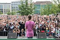 19 JUL 2019, BERLIN/GERMANY:<br /> Greta Thunberg, Klimaschutzaktivistin aus Schweden, haelt eine Rede auf einer Demonstration von Schuelern und Jugendlichen fuer einen besseren Schutz des Klimas, Invalidenpark<br /> IMAGE: 20190719-01-051<br /> KEYWORDS: Demo, Protest, Klimaschutz, Klimawandel, Schüler, climate, speech