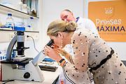Koningin Maxima brengt een werkbezoek aan het Prinses Maxima Centrum voor kinderoncologie in Utrecht.<br /> <br /> Queen Maxima has a work visit at the Princess Maxima Center for Child Conscience in Utrecht.