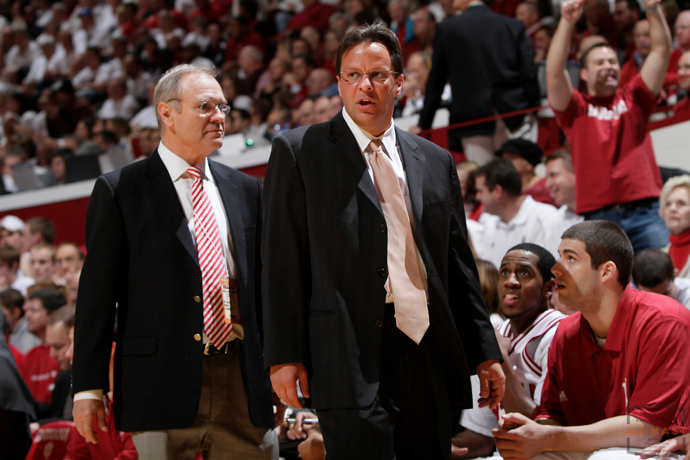 01 December 2009: Indiana head coach Tom Crean as the Indiana Hoosiers played the Maryland Terrapins in a college basketball game in Bloomington, Ind.