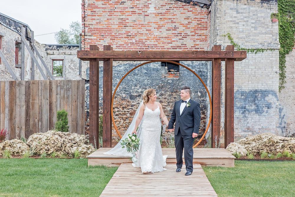 Catia & Jorge's Beautiful Elora Mill Wedding