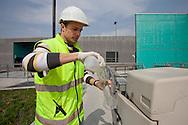 San Rocco, Milano sud : Impianto di depurazione delle acque reflue. nella foto l'acqua depurata in uscita. San Rocco Waste Water Treatment plant.