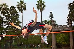 Felipe Hickmann, jovem promessa do esporte brasileiro no salto em altura para as próximas olimpíadas. FOTO: Jefferson Bernardes/Preview.com