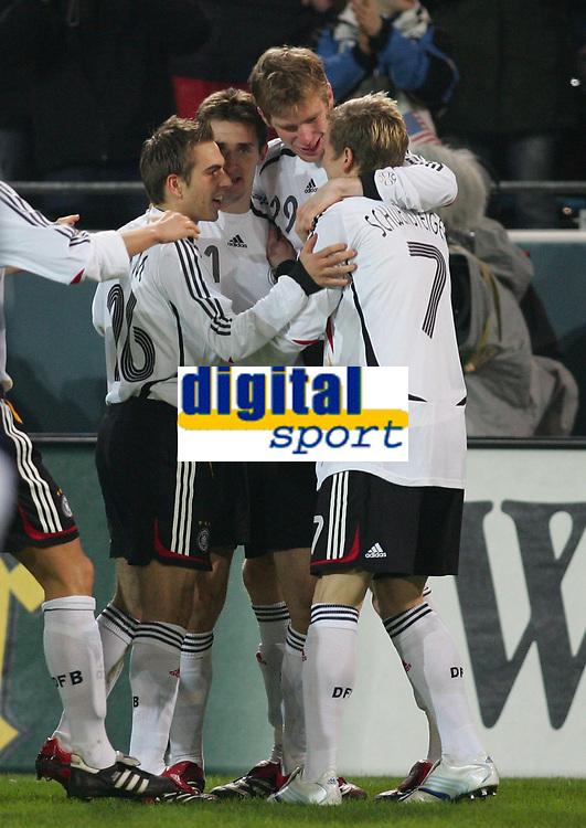 Fotball 22. mars 2006 , Tyskland - USA <br /> Jubel 1:0 Philipp Lahm , Miroslav Klose , Per Mertesacker , <br />  Norway only