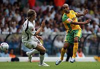 Photo: Paul Thomas.<br /> Leeds United v Norwich City. Coca Cola Championship.<br /> 05/08/2006.<br /> <br /> Leon McKenzie of Norwich has a shot at goal.