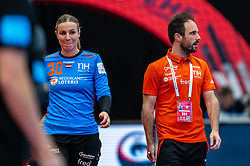 /30/, Coach Emmanuel Mayonnade of Netherlands during the Women's EHF Euro 2020 match between Netherlands and Germany at Sydbank Arena on december 14, 2020 in Kolding, Denmark (Photo by RHF Agency/Ronald Hoogendoorn)