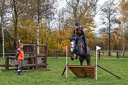 training jong eventingpaard met Tim Lips<br /> Lips Stables - Breda 2013<br /> © Dirk Caremans