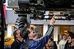 Exposição de Máquinas na 38ª Expointer, que ocorre entre 29 de agosto e 06 de setembro de 2015 no Parque de Exposições Assis Brasil, em Esteio. FOTO: Pedro H. Tesch/ Agência Preview