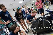 Teamleden bekijken de fiets van het Japanse team. Op dinsdag komen schoolkinderen kijken naar de fietsen tijdens de Show and Shine. Het Human Power Team Delft en Amsterdam, dat bestaat uit studenten van de TU Delft en de VU Amsterdam, is in Amerika om tijdens de World Human Powered Speed Challenge in Nevada een poging te doen het wereldrecord snelfietsen voor vrouwen te verbreken met de VeloX 7, een gestroomlijnde ligfiets. Het record is met 121,44 km/h sinds 2009 in handen van de Francaise Barbara Buatois. De Canadees Todd Reichert is de snelste man met 144,17 km/h sinds 2016.<br /> <br /> With the VeloX 7, a special recumbent bike, the Human Power Team Delft and Amsterdam, consisting of students of the TU Delft and the VU Amsterdam, wants to set a new woman's world record cycling in September at the World Human Powered Speed Challenge in Nevada. The current speed record is 121,44 km/h, set in 2009 by Barbara Buatois. The fastest man is Todd Reichert with 144,17 km/h.