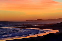 Sonnenuntergang am Strand von Sardinia Bay, Sunset on the Beach of Sardinia Bay, Porth Elizabeth, Suedafrika, Indischer Ocean, Porth Elizabeth, Südafrika, Suedafrika, Indischer Ocean