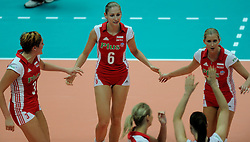 26-08-2010 VOLLEYBAL: WGP FINAL POLAND - BRAZIL: BEILUN NINGBO<br /> Brazil beat Poland 3-1 / Agnieszka Bednarek-Kasza, Anna Baranska and Karolina  Kosek<br /> ©2010-WWW.FOTOHOOGENDOORN.NL