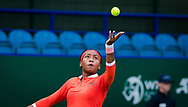 Cori Gauff of the United States in action against Elise Mertens of Belgium during the first round at the 2021 Viking International WTA 500 tennis tournament on June 22, 2021 at Devonshire Park Tennis in Eastbourne, England - Photo Rob Prange / Spain ProSportsImages / DPPI / ProSportsImages / DPPI