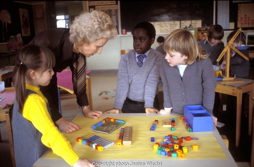 Primary school children in a Maths class.