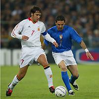 Genova 28/4/2004 <br />Amichevole Italia Spagna 1-1 - Friendly match Italy - Spain 1-1. <br />Raul (Spain) and Stefano Fiore (Italy)<br />Photo Andrea Staccioli / Graffiti