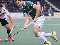 AMSTELVEEN -  Guus Jansen (Rotterdam) tijdens de competitie hoofdklasse hockeywedstrijd heren, Amsterdam -Rotterdam (2-0) .  COPYRIGHT KOEN SUYK