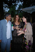 Anish and Suzanne Kapoor and  Felicity Waley-Cohen. The Serpentine Summer party co-hosted by Jimmy Choo. The Serpentine Gallery. 30 June 2005. ONE TIME USE ONLY - DO NOT ARCHIVE  © Copyright Photograph by Dafydd Jones 66 Stockwell Park Rd. London SW9 0DA Tel 020 7733 0108 www.dafjones.com