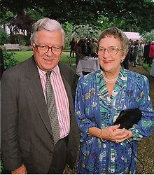 LORD & LADY HOWE, he is the former Conservative government minister, at a party in London on 25th June 1998.MIT 98