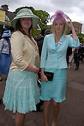 Sandra and Jessica Tate. Royal Ascot Race meeting Ascot at York. Tuesday 14 June 2005. ONE TIME USE ONLY - DO NOT ARCHIVE  © Copyright Photograph by Dafydd Jones 66 Stockwell Park Rd. London SW9 0DA Tel 020 7733 0108 www.dafjones.com