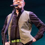 NLD/Amsterdam/20140305 - Radio 5 Nostalgia hommage Wim Sonneveld, optreden optreden Rob de Nijs