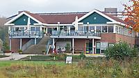 CAPELLE aan de IJSSEL - Clubhuis van de Capelse Golfclub. FOTO KOEN SUYK