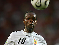 Fotball<br /> VM 2006<br /> Foto: Witters/Digitalsport<br /> NORWAY ONLY<br /> <br /> World Cup 2006 - Group D<br /> Angola v Portugal<br /> 11th June, 2006<br /> Akwa Angola<br /> Fussball WM 2006 Angola - Portugal
