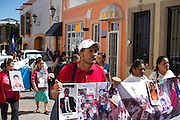 The caravan of Central American Mothers marches in Tequisquiapan, Querétaro, on October 24th, 2012 (Photo: Prometeo Lucero)