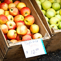 Travel - Kelowna Farmers' and Crafters' Market