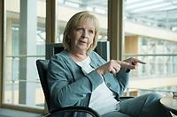20 JUN 2016, BERLIN/GERMANY:<br /> Hannelore Kraft, SPD, Ministerpraesidentin Nordrhein-Westfalen, waehrend einem Interview, Landesvertertung Nordrhein-Westfalen<br /> IMAGE: 20160620-01-018