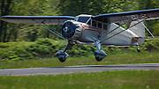 1934 Stinson Reliant SR-5E landing.