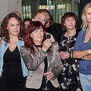 NLD/Amsterdam/20110324 - Boekpresentatie Chimaera van Xenia Kasper, Victoria, dochter vanXenia Kasper, Henny Kortland en Antoinette Scheulderman