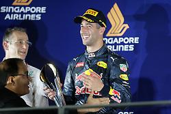 September 18, 2016 - Singapur, Singapur - Motorsports: FIA Formula One World Championship 2016, Grand Prix of Singapore, .#3 Daniel Ricciardo (AUS, Red Bull Racing) (Credit Image: © Hoch Zwei via ZUMA Wire)