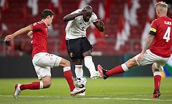 Romelu Lukaku (Belgien) blokeres af Andreas Christensen og Simon Kjær (Danmark) under UEFA Nations League kampen mellem Danmark og Belgien den 5. september 2020 i Parken, København (Foto: Claus Birch).
