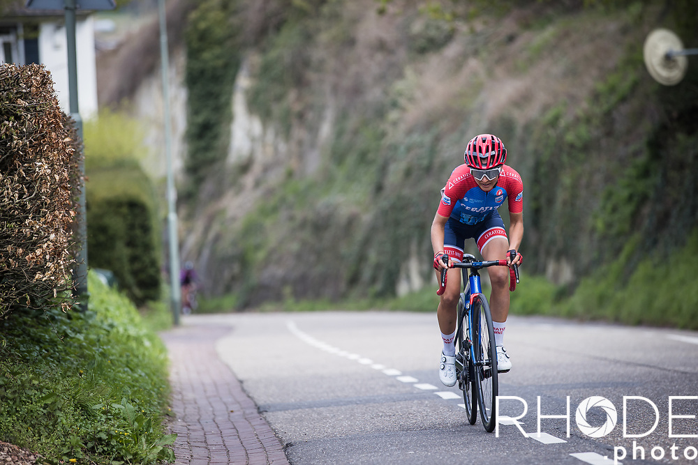 Erica Magnaldi (ITA/Ceratizit-WNT) trying to come across the leaders up the Geulhemmerberg during the final lap.<br /> <br /> 7th Amstel Gold Race Ladies Edition <br /> Valkenburg > Valkenburg 116km<br /> <br /> ©RhodePhoto