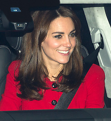 © Licensed to London News Pictures. 16/12/2015. London, UK. Catherine Duchess of Cambridge leaving Buckingham Palace following a Christmas lunch with the queen and other members of the royal family. Photo credit: Ben Cawthra/LNP