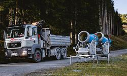 THEMENBILD - Schneekanonen, aufgenommen am 11. Oktober 2019, Kaprun, Österreich // snow guns on 2019/10/11, Kaprun, Austria. EXPA Pictures © 2019, PhotoCredit: EXPA/ JFK
