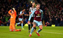 Jeff Hendrick of Burnley celebrates scoring a goal to make it 1-0 as Robert Elliot of Newcastle United cuts a dejected figure - Mandatory by-line: Robbie Stephenson/JMP - 30/10/2017 - FOOTBALL - Turf Moor - Burnley, England - Burnley v Newcastle United - Premier League