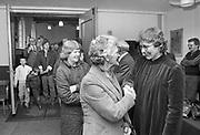 Nederland, 1984Serie mbt geestelijk leven in Nederland. Vrouwelijke predikant in Friesland begroet kerkgangers na de dienst .PKN .Foto: Flip Franssen