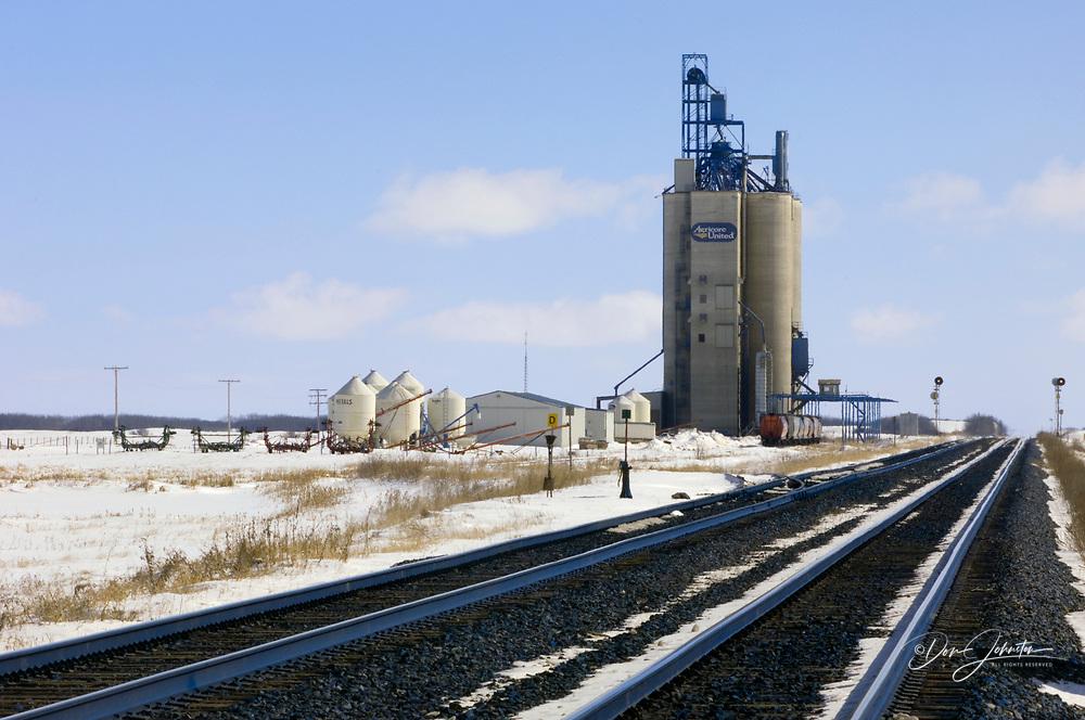 High throughput elevator, Waldron, Saskatchewan, Canada