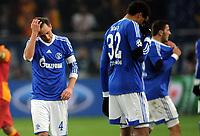 v.l. Benedikt Hoewedes, Joel Matip (Schalke)<br /> Fussball Champions League<br />  FC Schalke 04 - Galatasaray Istanbul  2:3<br /> Norway only
